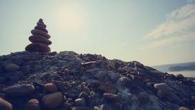 MOVIMENTO DA ZORRA: Apedreja a pirâmide na simbolização da areia filme