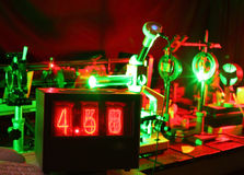 Movimento das micropartícula pelo laser no laboratório Fotografia de Stock Royalty Free
