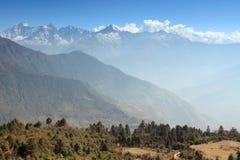 Movimento delle nuvole sulle montagne, Himalaya Fotografie Stock