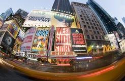 Movimento do táxi de New York dos Times Square fotografia de stock royalty free