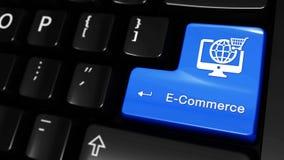 Movimento movente do comércio eletrônico no botão do teclado de computador video estoque
