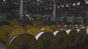 Movimiento de la materia textil grande que refuerza el hilo Rolls almacen de metraje de vídeo