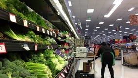 Movimiento de la verdura de la media del vendedor de la producción para la venta almacen de video