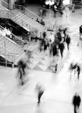 Movimiento enmascarado de gente Imágenes de archivo libres de regalías