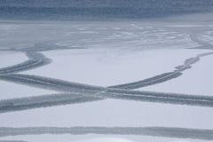 Movimiento y diseño de la placa del hielo Fotografía de archivo