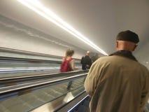 Moving лестницы на метро Порту Стоковые Фотографии RF