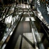 moving лестницы Художнический взгляд в винтажных ярких цветах Стоковое фото RF
