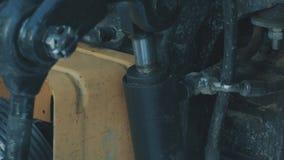 Moving деталь трактора акции видеоматериалы