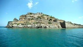 Moving камера вокруг крепости Spinalonga, Крита видеоматериал
