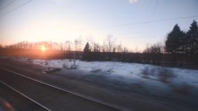 Взгляд из окна двигая поезда видеоматериал