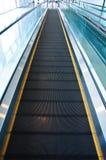 Moving эскалатор дорожки Стоковые Фотографии RF
