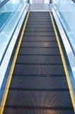 Moving эскалатор дорожки Стоковые Изображения