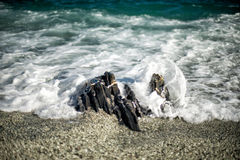 Moving effect on sea waves on the shore Royalty Free Stock Photography