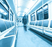Moving folk för Mo i vagn Royaltyfri Bild