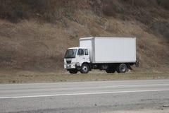 moving lastbil för leverans royaltyfria bilder