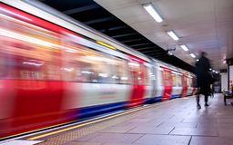 Moving train, motion blurred, London Underground - Immagine royalty free stock photography
