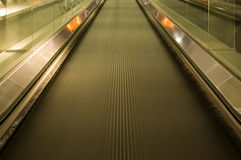 moving walkway Royaltyfri Bild