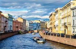 Moyka河堤防在圣彼得堡 库存图片