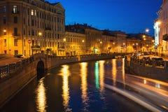 Moyka-Fluss in St Petersburg, Russland nachts Stockfotografie