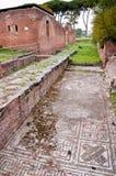 Mozaïek en baden die ruïnes in Ostia Antica bouwen Royalty-vrije Stock Foto's