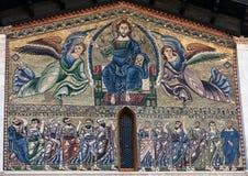 Mozaïek op de voorgevel van de Basiliek van San Frediano Stock Foto's