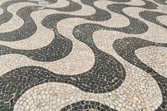Mozaïek van stoep van Copacabana in Rio de Janeiro Royalty-vrije Stock Foto