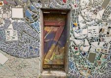 Mozaïekmuurschildering door Isaiah Zagar, Philadelphia Stock Afbeeldingen