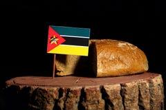 Mozambik flaga na fiszorku z chlebem Zdjęcia Royalty Free
