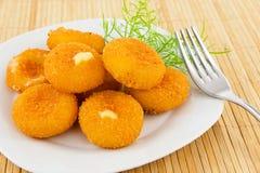 Mozarela frita, queso Fotos de archivo libres de regalías