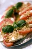 Mozarella e tomates Imagens de Stock Royalty Free