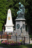 Mozart commemorativo e tomba di Beethoven a Vienna Immagini Stock