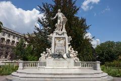 Mozart monument i Wien Royaltyfri Fotografi