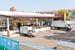 MOZYR, ΛΕΥΚΟΡΩΣΊΑ - 22 Σεπτεμβρίου 2011: Συνδυάστε για το γάλα επεξεργασίας Μηχανές, μηχανισμοί και εξοπλισμός Στοκ Εικόνα