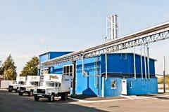 MOZYR, БЕЛАРУСЬ - 22-ое сентября 2011: Зернокомбайн для обрабатывать молоко Машины, механизмы и оборудование стоковая фотография
