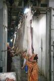 MOZYR, WEISSRUSSLAND - 22. September 2011: Die Fleischverarbeitungsanlage Verarbeitung von Schweinefleisch und von Rindfleisch Ma lizenzfreies stockbild
