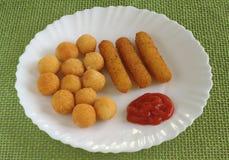 mozzarella перстов Стоковое фото RF