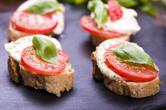 Mozzarella cheese and tomatoes Stock Photography