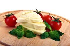 Mozzarella cherry tomatoes basi Royalty Free Stock Photos
