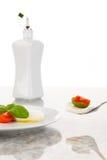 Mozzarella con los tomates y la albahaca Foto de archivo