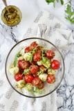 Mozzarella och sallad för körsbärsröda tomater Royaltyfria Bilder
