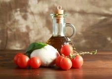 Mozzarella with tomatoes Royalty Free Stock Photos