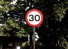 30 mph imagens de stock
