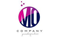 MQ M Q Circle Letter Logo Design avec Dots Bubbles pourpre Image stock