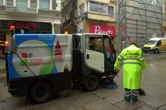 Máquina Estambul de la limpieza del barrendero Foto de archivo libre de regalías