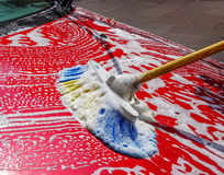 Máquina limpa de Washington do carro, lavagem de carro com esponja e mangueira Fotografia de Stock Royalty Free