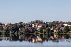 Mragowo, una ciudad el distrito del lago Masurian, Polonia fotos de archivo