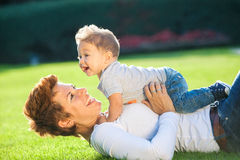 Mère avec le bébé Images libres de droits