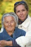 Mère et descendant affectueux Image libre de droits