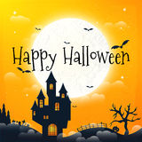 Mörkt hus på den blåa fullmånen lyckliga halloween Royaltyfria Foton