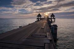 Mroczna drewno mosta atrakcja turystyczna Fotografia Royalty Free